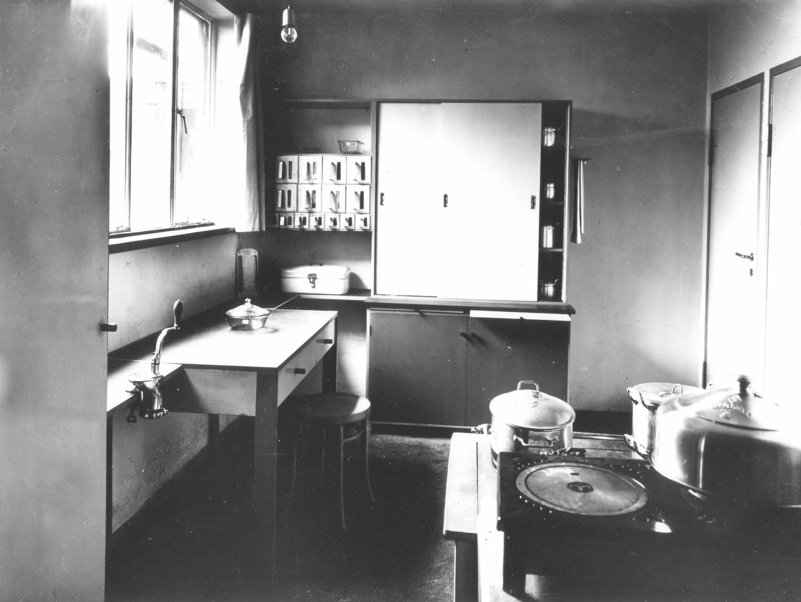 Kche Musterwohnung 1926  BAUHAUS DESSAU