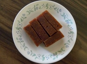 Spongy dates halwa with strawberry syrup