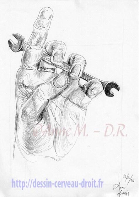 Dessin de sa main gauche tenant une clé plate, par Anne M., le mardi 23 février 2010.