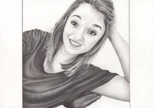 portrait-individuel-dessin-d-après-photo-jeune-femme