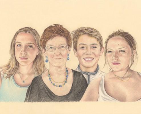 Portrait dessin d'après photo d'une grand-mère et ses petits-enfants