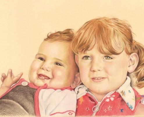 Portrait dessin d'après photo d'une grande sœur et son petit frère en couleur