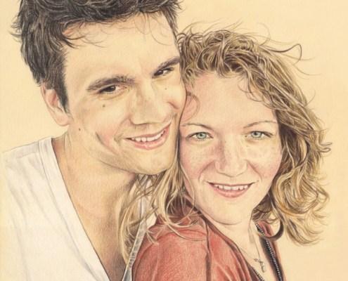 Portrait dessin d'après photo d'un jeune couple en vacances en couleur