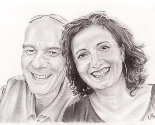 Portrait dessin d'après photo d'un couple de quarantenaires à lunettes en noir et blanc