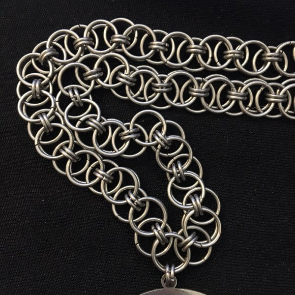 Helm Chainmaille Choker by Destai