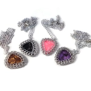 Chainmaille Wrapped Plectrum Pendants by Destai