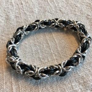 Stretchy Byzantine Bracelet by Destai