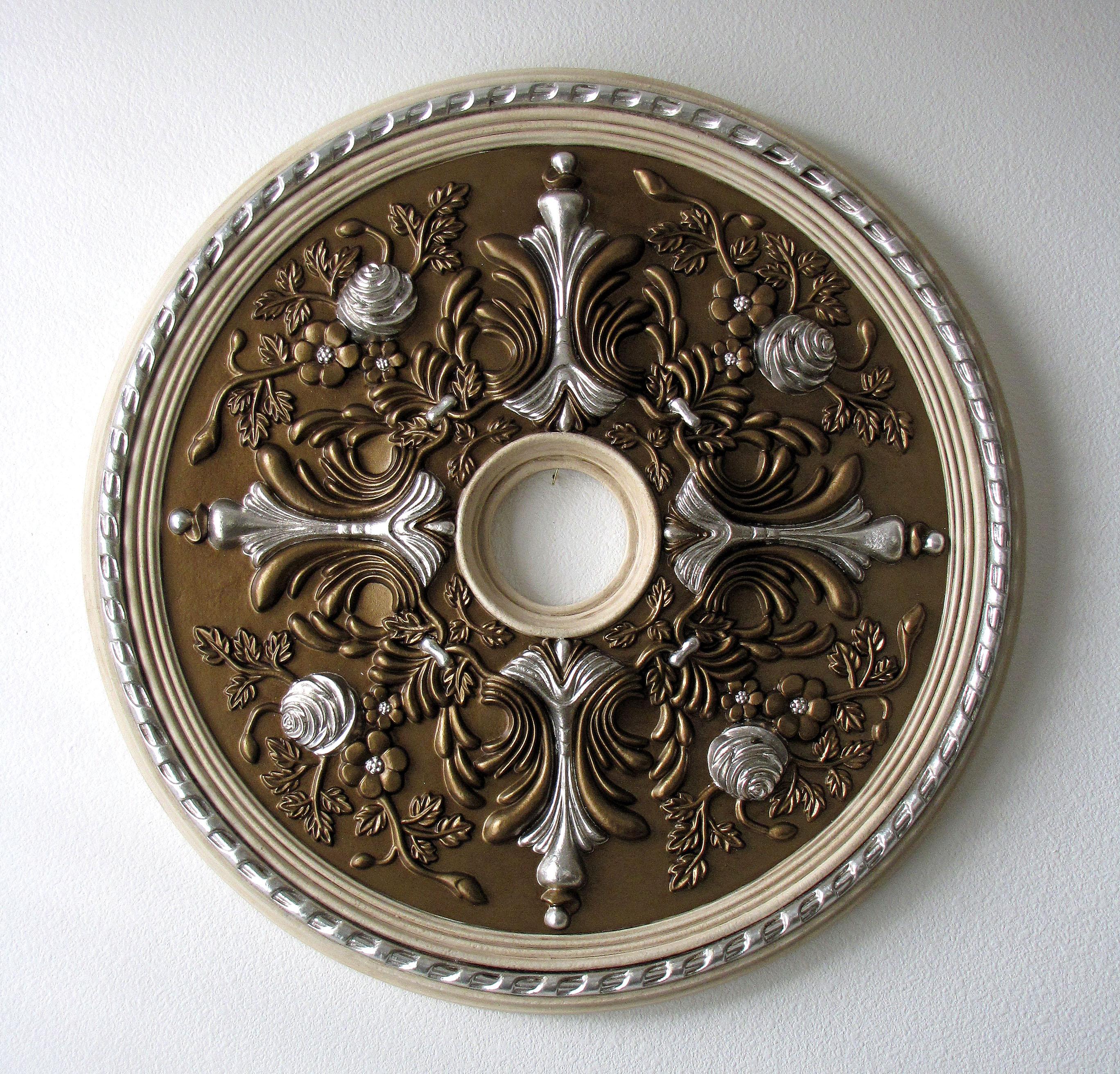 ceiling medallion