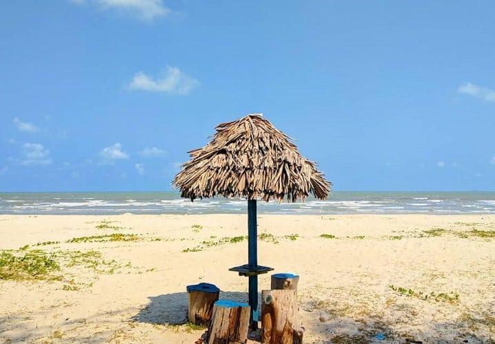 Fasilitas di Pantai Nyiur Melambai