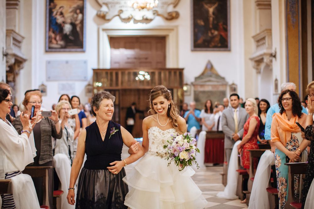 Mira and Mike wanted their wedding ceremony performed at famous Dubrovnik's St. Ignatius church
