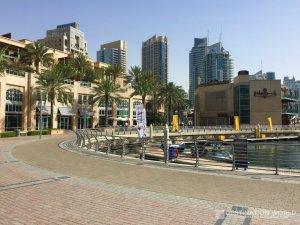 Der Marina Walk am nördliche Ende der Dubai Marina