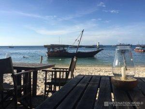 In den Restaurants am Hafen gibt es auch Alkohol was nicht selbstverständlich in Stone Town ist.