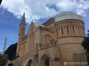 Die Anglican Cathedral hinter dem alten Sklaven Markt