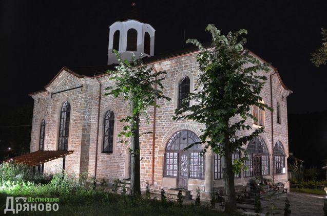 Нощна храм Въведение Богородично 3