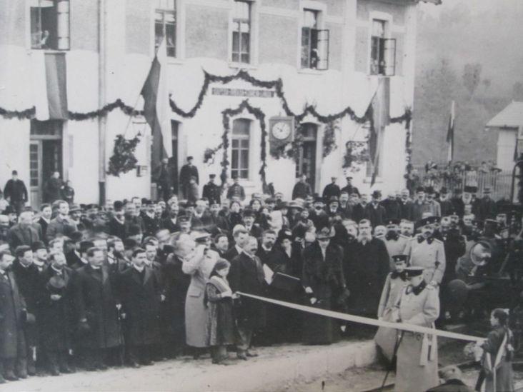 Царева ливада - Тържествено откриване на гарата от цар Фердинанд