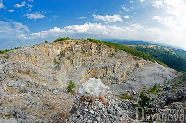 Скалско - скали