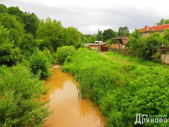 Село Искра 6