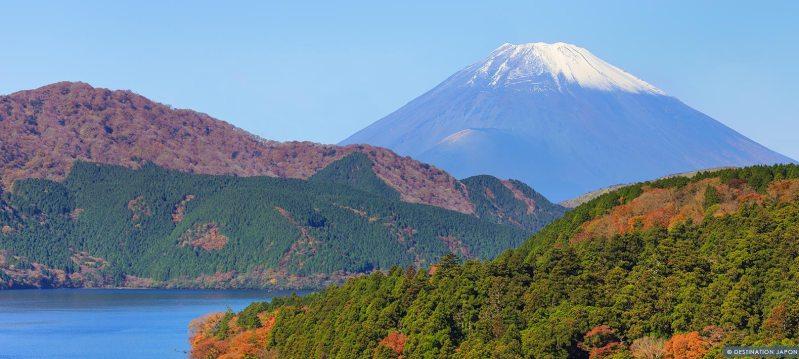 Vue de Hakone avec le lac Ashi et le Mont Fuji