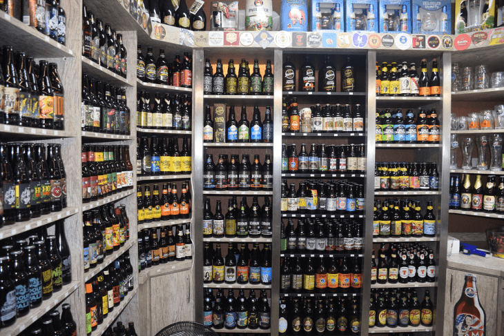 beer store in the Curitiba municipal markets