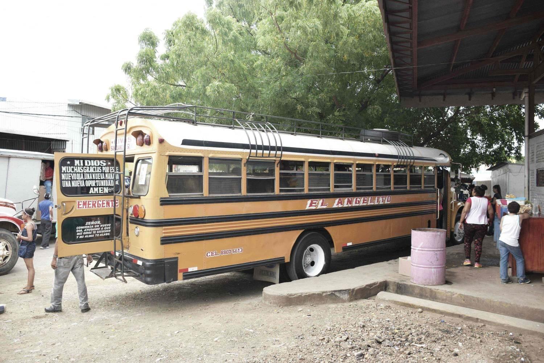 Chicken bus from nicaragua to el Salvador