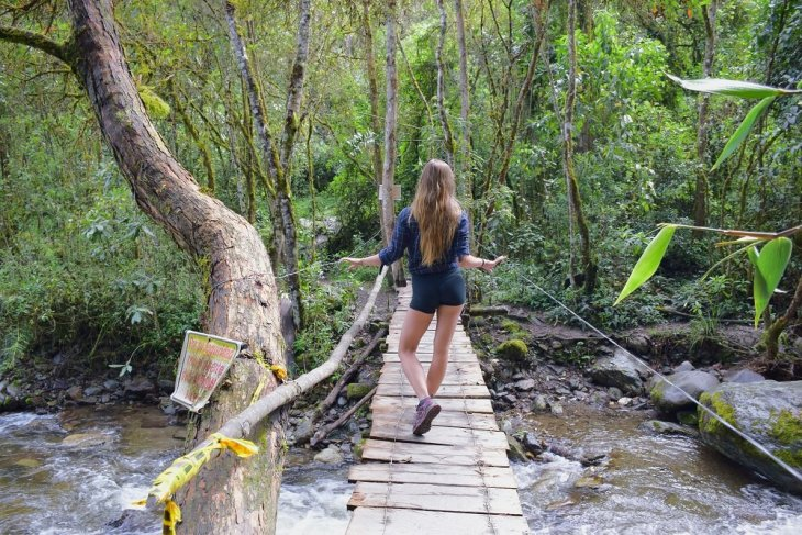 hiking the valle de cocora