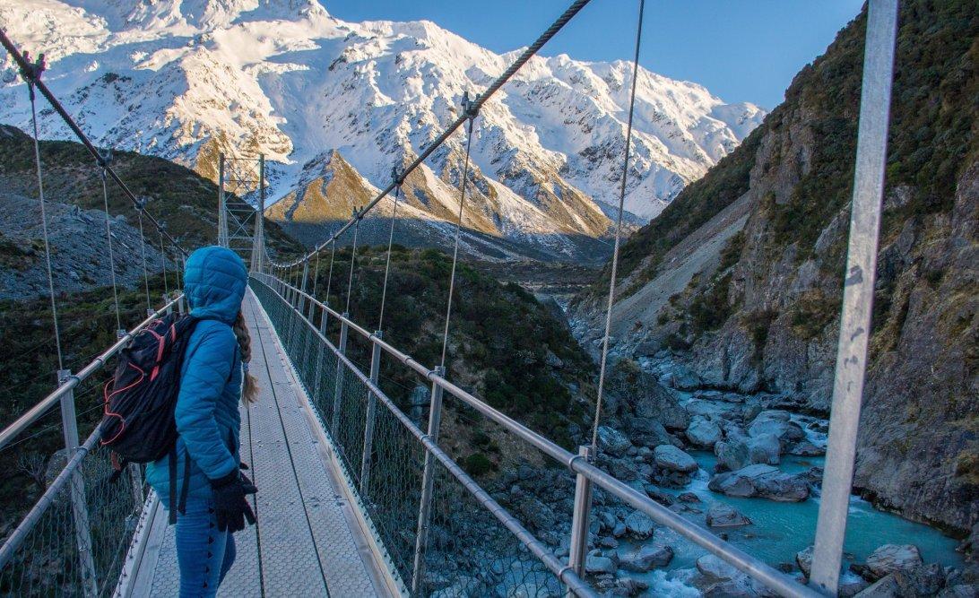 the hooker valley track suspension bridge