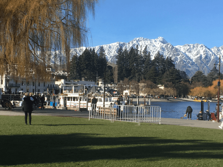 queenstown town is beautiful
