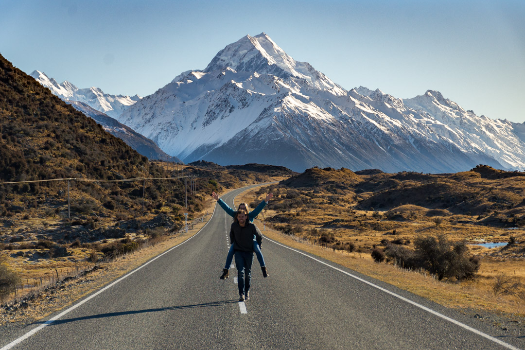 "How to Take the Famous ""Road Photo"" of Mount Cook"