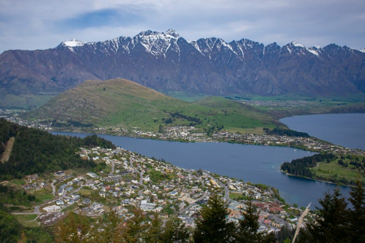 hike to bobs peak is one of the best cheap things to do in queenstown
