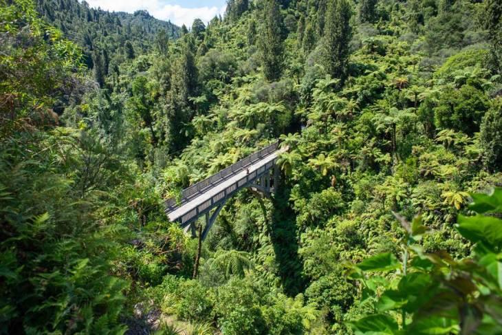 the bridge to nowhere whanganui journey
