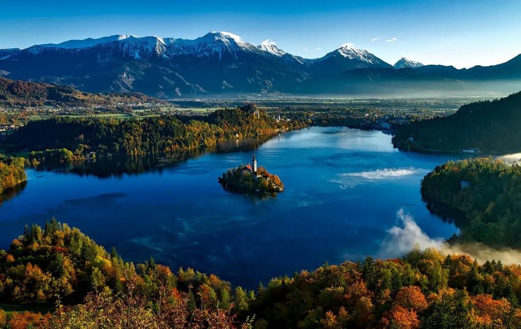 Lac bled en automne slovénie