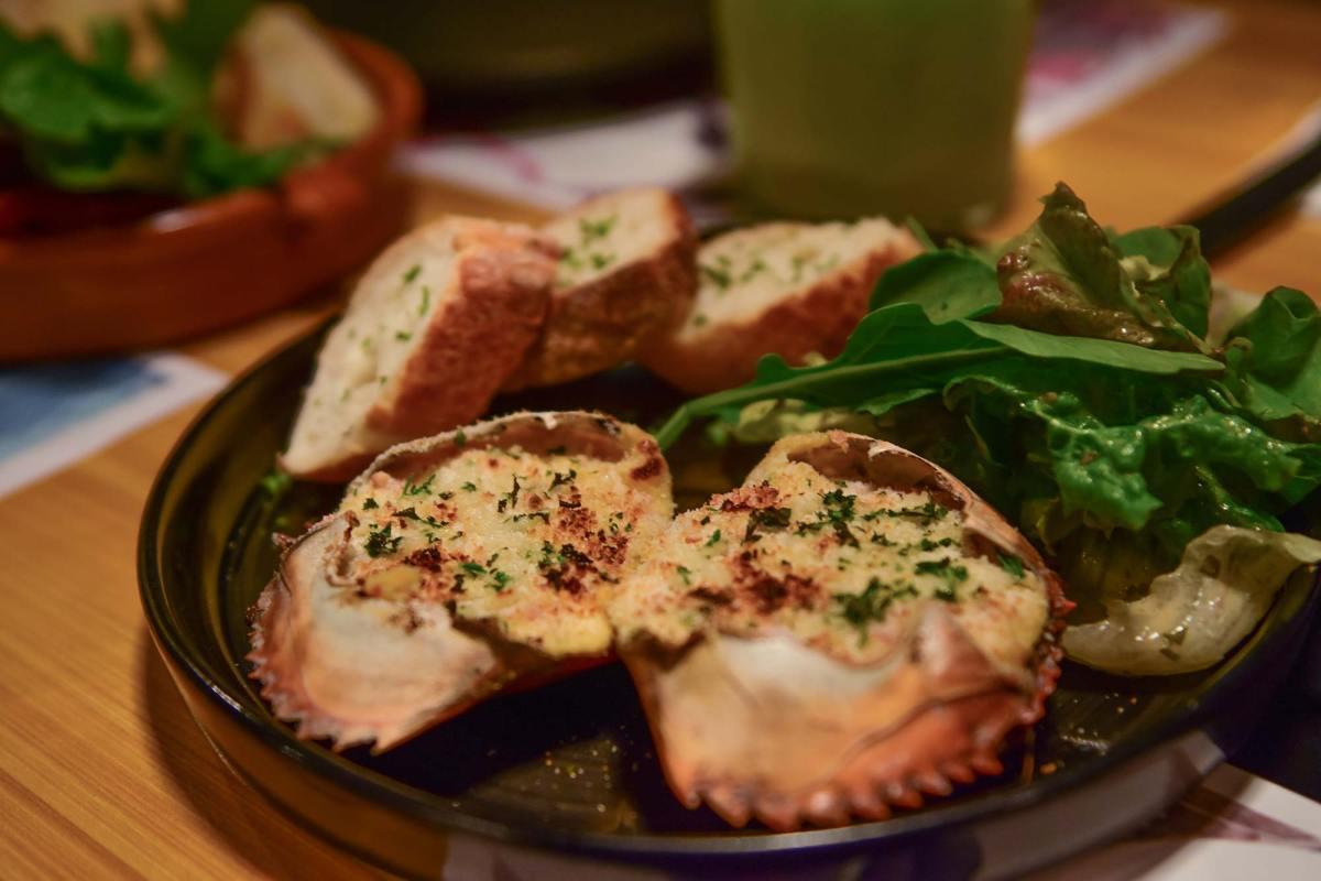 Baked Crab & Cheese Dip