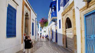 La Tunisie prête à accueillir les touristes algériens « dès maintenant »