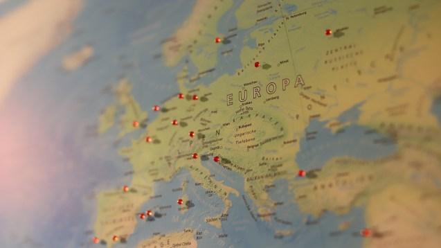 Voyages vers l'Europe :bientôt la fin des mesures de quarantaine?