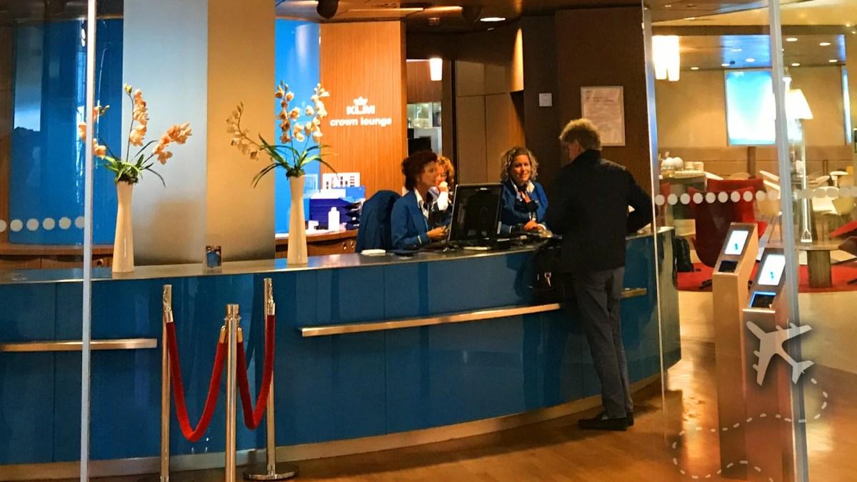 KLM Crown Lounge entrance