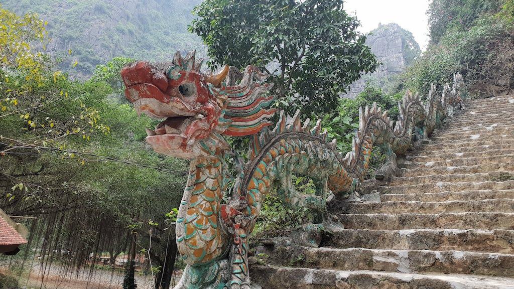 Escalier Mua Caves