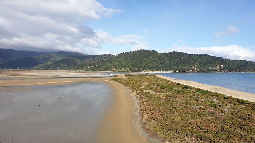 Début de la rando à Wainui Abel Tasman