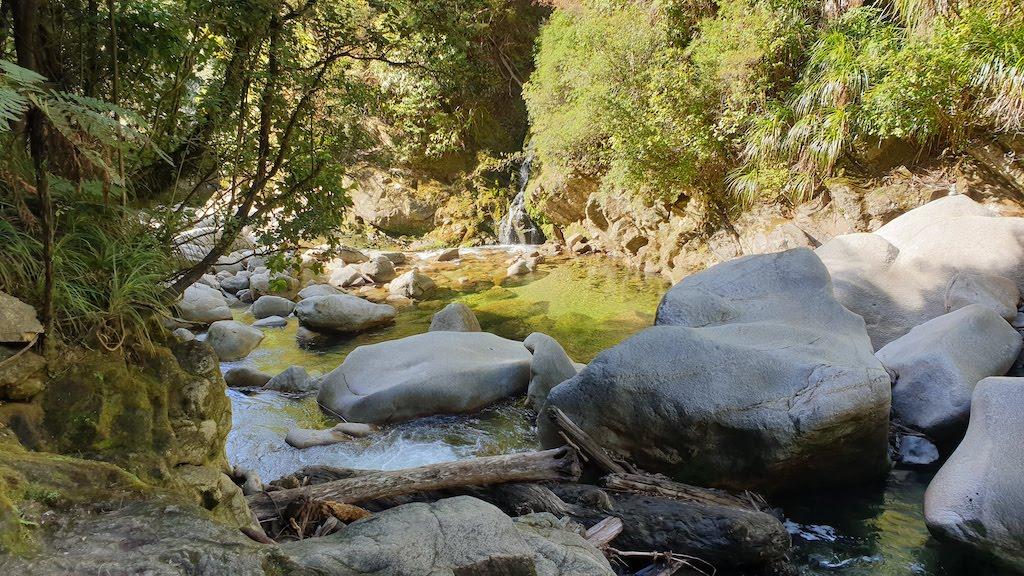 Wainui falls Abel Tasman