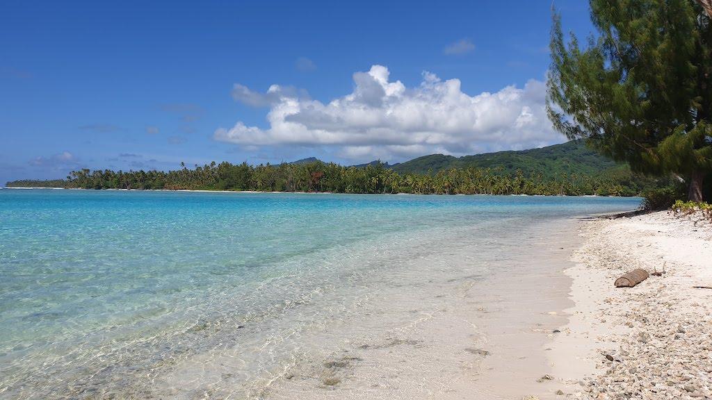 plage de l'ancien Sofitel Huahine