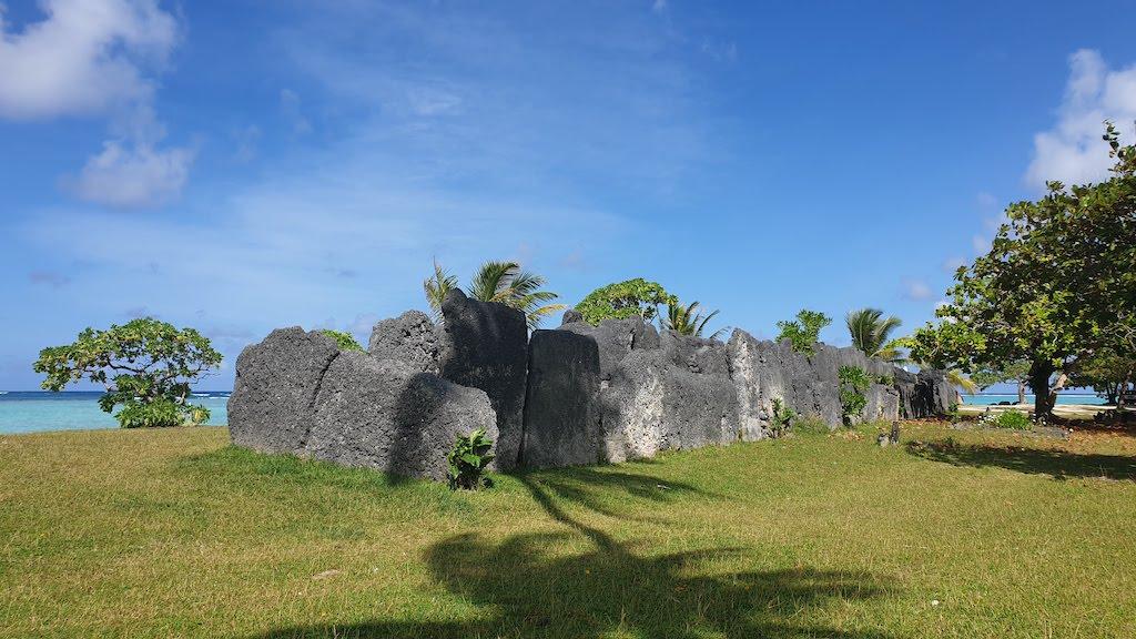 Marae anini Huahine