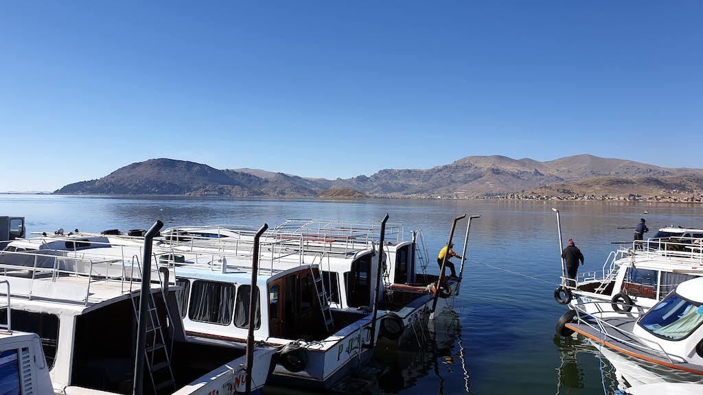 bateaux lac titicaca