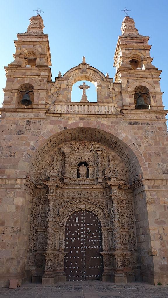 Iglesia y Museo de San Lorenzo de Carangas Potosi