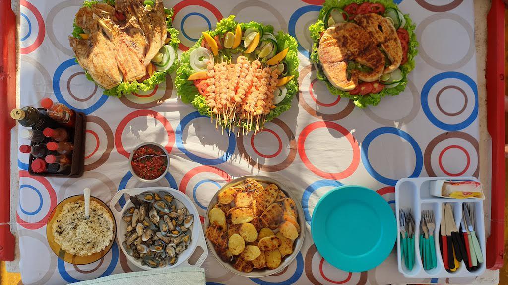 repas passeio de Barco Solemio Pipa