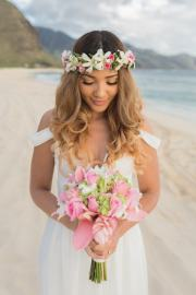 gorgeous beach wedding hairstyles