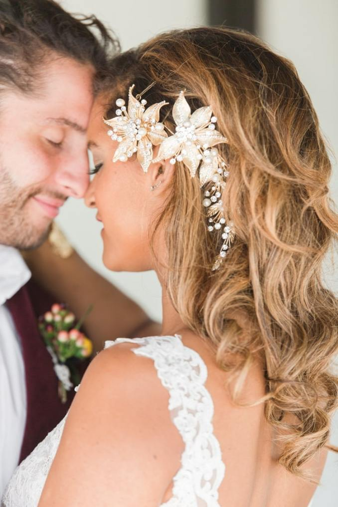 23 gorgeous beach wedding hairstyles from real destination