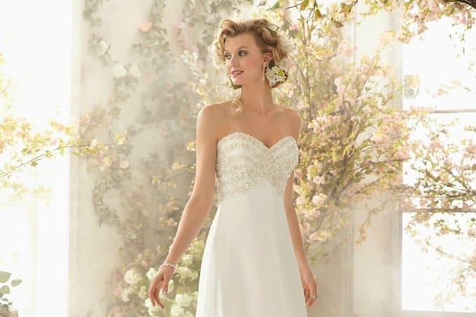 Cheap Beach Wedding Dress Tips