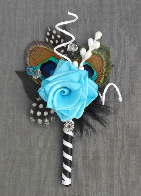 NEW - JEWEL - Luxury ribbon rose and peacock boutonnier