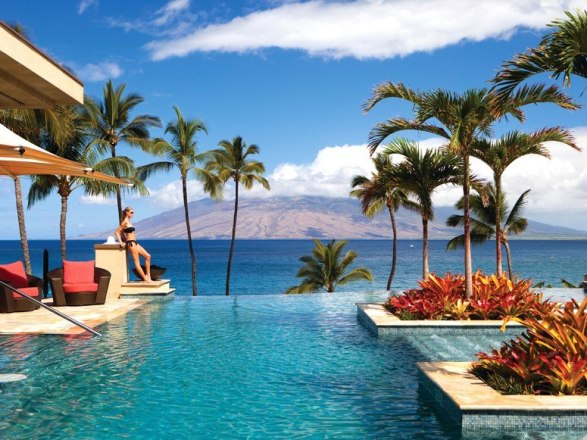 Pool Four Seasons Maui Destination Wedding Planning