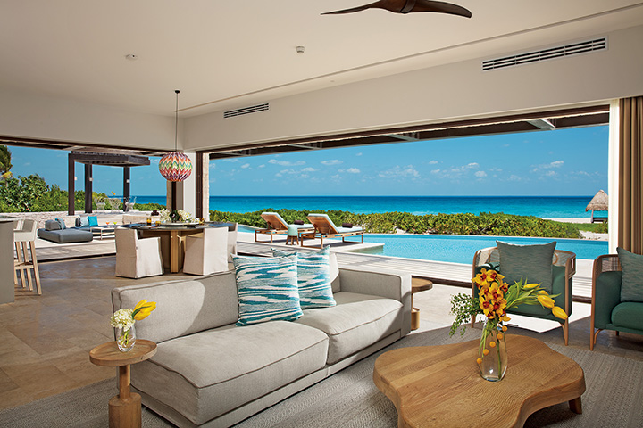 Presidential Suite Living room and Balcony Dreams Playa Mujeres
