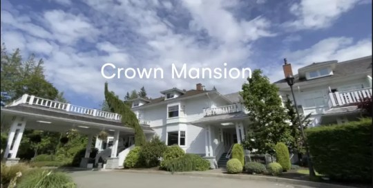Qualicum – Crown Mansion Hotel